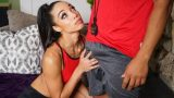 Alexis Tae, Ricky Johnson – Verfolge und fühle sie – Teens Like It Big (Brazzers)